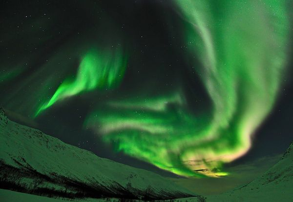 january-2011-northern-lights-aurora-borealis-tromso-kattfjordeide_31398_600x450.jpg